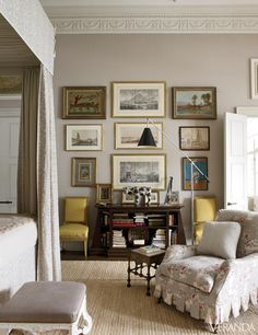 The perfect melding of modern and traditional. London apartment designed by Veere Grenney.