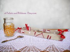 Cestino portapane in stoffa. Cestino svuota di ofFabricAndRibbons  #Bread Basket #Etsy #Handmade #Christmas