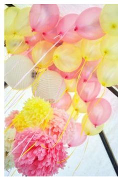 Pink and Yellow balloons Pink Yellow, Pink And Gold, Pink Graduation Party, Yellow Birthday, Birthday Box, Birthday Ideas, Babyshower, Pink Lemonade Party, Yellow Balloons