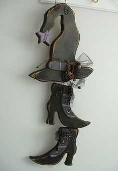 Primitive Hanging Halloween WITCH HAT BOOTS WOODEN SHOES Handmade in UTAH