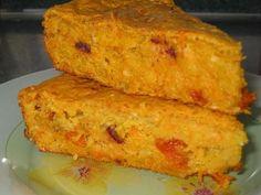 Тыквенно-овсяный пирог 300 гр. тыквы 1 крупная морковь 1 стакан овсяных хлопьев быстрого приготовления 0.5 стакана молока 2 шт. яйца 3 ст. ложки сметаны 50 мл. растительного масла 4-5 ст. ложек сахара (можете добавить побольше на свой вкус) 1 стакан муки 150 гр. смеси разных сухофруктов (я брала курагу, можно изюм, чернослив) 1 пакетик ванильного сахара 1 ч. ложка разрыхлителя 0.5 ч. ложки соды 2-3 ст. ложки тыквенных семечек по желанию щепотка соли Cookie Desserts, Fun Desserts, Dessert Recipes, Sweet Recipes, Vegan Recipes, Cooking Recipes, Sweet Bakery, Cook At Home, No Cook Meals