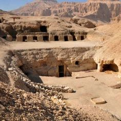 Amenhotep-Huy tomb at El-Assasif, Thebes. Egypt Queen, Egypt News, Visit Egypt, Valley Of The Kings, Luxor Egypt, Giza, Egyptian Art, Antiquities, Travel Images