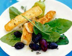 Pannestekt fetaost som smaker godt til retter med linser eller cannellinibønner, og er godt sammen med grovt surdeigsbrød.