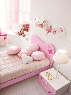 Composiciones para cuarto de niña Barbie Favola. Muebles de servicio, camas, armarios. #dormitorio para #niñas de #Barbie - Doimo Cityline Encuentralo en Pasión D Casa Costa Rica https://www.facebook.com/pasionDcasa
