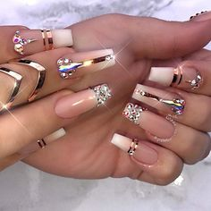 Unhas Artísticas, Unhas Decoradas, Unhas Com Pedras E Adesivos De Unhas Glam Nails, Bling Nails, Stiletto Nails, Beauty Nails, Coffin Nails, Bling Nail Art, Hair Beauty, Rhinestone Nails, Matte Nails