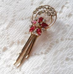 Vintage 1950s SCITARELLI signed Rose Pink Clear Rhinestone Gold tone Dangle Pin Brooch Pendant