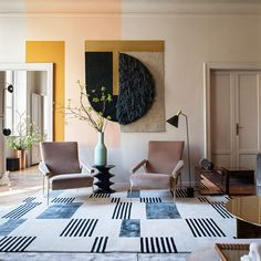 MIXED MATERIALS: MILAN APARTMENT The cover star of ELLE Decoration' s August 2017 'Trend' issue epitomises one of this year's key directions for modern homes:...