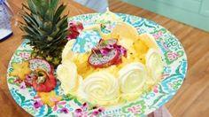 My Little Tropical Island Eine leckere Pavlova - das ganze Rezept gibt es auf sat1.de!