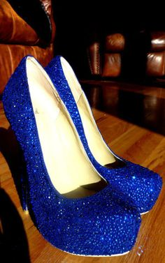 Sparkly pumps, must have #sparkly #blue heels #blue pumps #beauty #fashion #shoes #cute