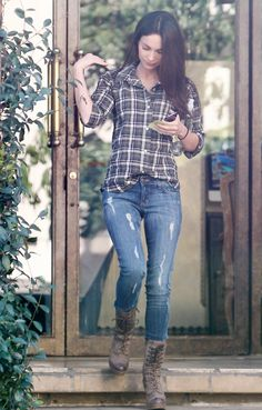 plaid, destroyed jeans, boots. :)