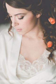 Delicates peach tones for our lovely bride during preparation.. <3