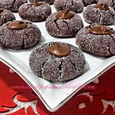 Emel'in Mutfağı: Nutellalı Kurabiye Muffin, Cookies, Breakfast, Sweet, Recipes, Food, Kitchen, Whipped Cream, Crack Crackers