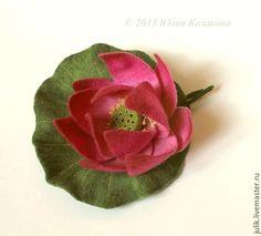 """Купить Войлочная брошь """"Лотос"""" - лотос, розовый, шерсть, войлок, валяние на каркасе, цветы, брошь"""