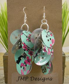Recycled Soda Can Buttons Earrings... @Lena Wakim what does this remind you of?!