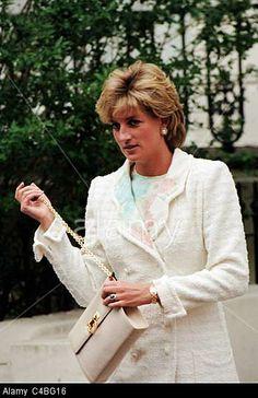 May 28, 1996: Princess Diana leaving her friend & Argentinian designer, Roberto Dvorik's house in Holland Park, London.