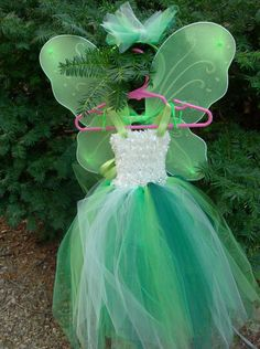 Luv this dress for my fairies! Can't figure out where u can order it! Tinkerbell Party, Tutu, Girl Outfits, Wings, Flower Girl Dresses, Trending Outfits, Wedding Dresses, Fairies, Handmade Gifts