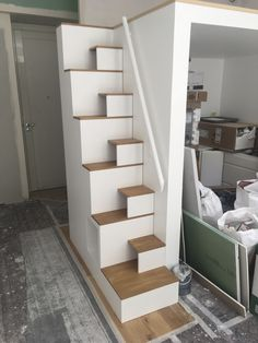 Les Queues d'Arondes » ESCALIERS JAPONAIS Space Saving Staircase, Staircase Storage, Loft Stairs, House Stairs, Staircase Design, Modern Interior Design, Interior Architecture, Mezzanine Bedroom, Bohemian Living Rooms