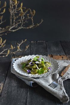 Warrigal greens gnocchi with black garlic- using a native Australian weed to make something delicious! Gnocchi Dishes, Garlic Uses, Black Garlic, Native Australians, Edible Food, Recipe Using, Tray Bakes, Food And Drink, Tasty