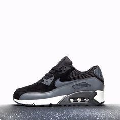 nike air max 90 carbon green leather trainers