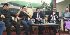 Fahri Hamzah Lawan DPP PKS dan Majelis Syuro, Senjakala Mendekat [Politik]