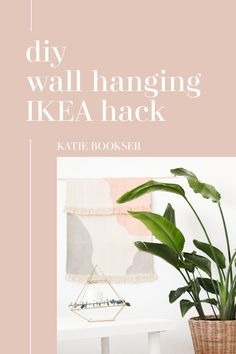 Amazing IKEA hack! Watch how to turn the $4 SORTSO IKEA rug into a gorgeous wall hanging. #ikeahack #wallhanging #bohodecor Diy Interior, Ikea Rug, Ikea Hack, Diy Wall, Boho Decor, Interior Inspiration, Hacks, Watch, Amazing