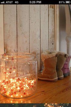 Lights in a glass jar // xmas decor