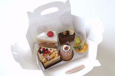 Caja con pastelillos♡ ♡
