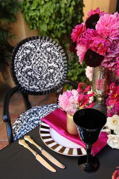 6 conseils avisés pour choisir avec justesse les couleurs de votre mariage www.events-by-mikysah.blogspot.fr #weddingblog #wedding #colorpalette