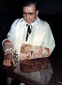 Photos - Les amis de Josémaria. Josémaria Escriva, fondateur de l'Opus Dei.