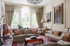 Caroline Harrowby, Georgian Town House - The May 2015 issue of House & Garden. Photography by Alexander James.(houseandgarden.co.uk)