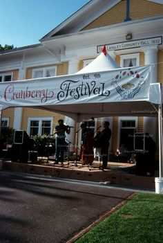 Fort Langley Cranberry Festival