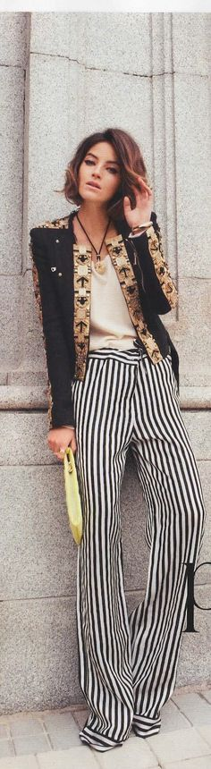 MCO: BOLD patterns^^^ obsessed w these pants! pair it w the power of the red lipstick!
