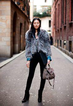 vogue-at-heart: Liu Wen, street style Casual Chic, Liu Wen, Vogue, Model Street Style, Models Off Duty, Look At You, Looks Style, Look Chic, Street Chic