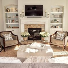 First-rate living room chairs that rock that will blow your mind room decor with fireplace Staying Room Chair Ideas: 8 Modern Seating Options - Interior Pedia Living Room Chairs, Home Fireplace, French Country Living Room, Country Living Room, Room Remodeling, Family Room Design, Livingroom Layout, Living Room With Fireplace, Living Room Remodel