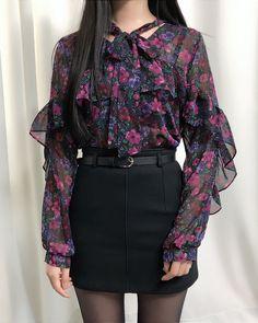 Year End Flower Blouse - Korean Fashion - Moda Fashion, Cute Fashion, Girl Fashion, Fashion Design, Girls Fashion Clothes, Fashion Dresses, Clothes For Women, Women's Clothes, Korean Fashion Trends