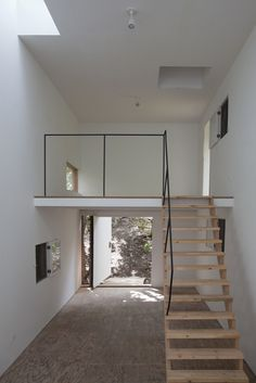 Minimalist Kitchen Interiors, Minimalist Room, Home Design, Tiny House Design, Design Ideas, Design Design, Mini Loft, Home Modern, Modern Lofts
