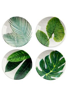 TarHong Amazon floral bamboo-fiber melamine salad plates.
