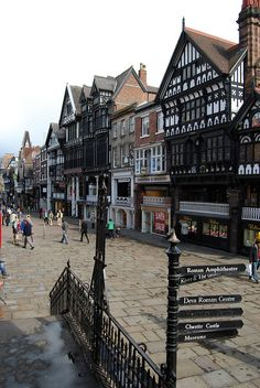 Chester, UK This city still has the wall around it that the Romans had built. Took Paul and Chris before our narrowboat trip Wonderful Places, Great Places, Beautiful Places, Oh The Places You'll Go, Places To Travel, Places To Visit, England And Scotland, England Uk, Kingdom Of Great Britain