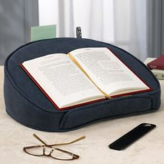 Holiday Gifts for Writers and Readers: Lapdesk