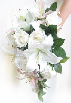 Pendant bouquet by Loveflowers. Find your perfect wedding flowers at http://www.loveflowers.com.au/