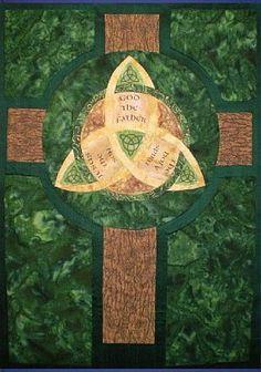 Sainte Trinité --- Holy Trinity University Placre Presbyterian Church 2011...Love this Celtic Cross