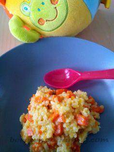 Recette de risotto de carotte, curry et vache qui rit pour les bébés dès 8 mois ainsi que pour toute la famille. Fondant et savoureux, il plaira à tous !