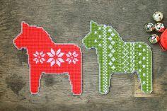 Dala Horse free cross stitch pattern