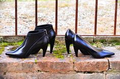 Noë's new fashionable banana heels Fall Winter 2015, Shoe Brands, Character Shoes, Kitten Heels, Ankle Boots, Metallic, Dance Shoes, Beautiful Women, Banana