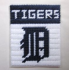 Plastic Canvas gift Box Patterns | Detroit Tigers tissue box cover in plastic canvas PATTERN ONLY Sorry no pattern available, this is for inspiration only