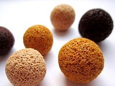 Salt Technique. Polymer Clay - To make a beautiful and unusual beads requires only salt, plastic desired shade, and a little imagination. Beads rolled in salt, grains of which are pressed into the product. After baking, the salt is washed with water, and in its place remains uneven depressions. Then what effect we want to achieve, depending on the size of the salt crystals.
