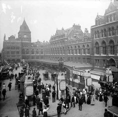 Liverpool Street Station in London in Uk History, London History, Fashion History, Vintage London, Old London, Cycling In London, Old Train Station, Train Stations, London Overground