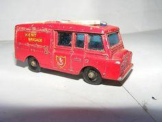 MATCHBOX LESNEY No 57 LANDROVER FIRE TRUCK  .99p START  - http://www.matchbox-lesney.com/?p=16069