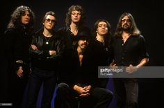 CAMDEN Photo of Bernie MARSDEN and David DOWLE and WHITESNAKE and Neil MURRAY and Jon LORD and Micky MOODY and David COVERDALE, L-R: David Coverdale, David Dowle, Neil Murray, Micky Moody , Bernie Marsden, Jon Lord - posed, studio, group shot