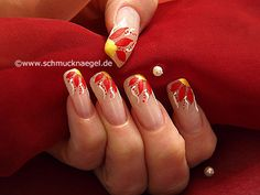 Motivo floral para uñas con nail art liner - Nail Art Motivo 117 http://www.schmucknaegel.de/